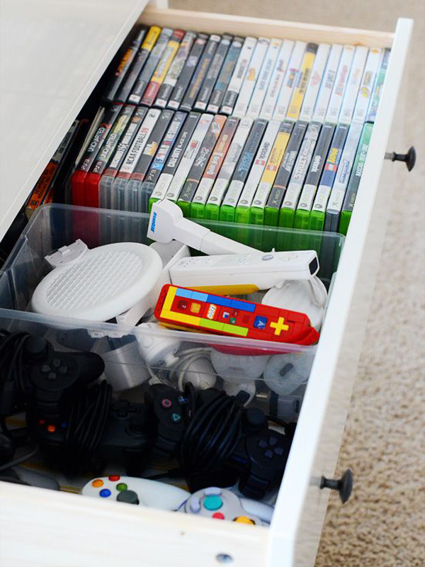 15-cool-ways-to-video-game-controller-storage (3)