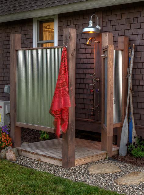 16-amazing-ways-to-set-up-outdoor-shower (12)