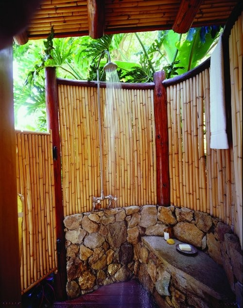16-amazing-ways-to-set-up-outdoor-shower (16)