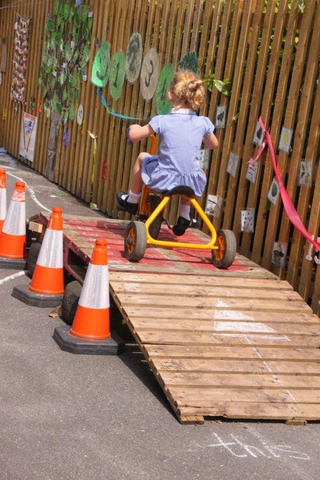 17-fascinating-diy-backyard-fun-for-kids (10)