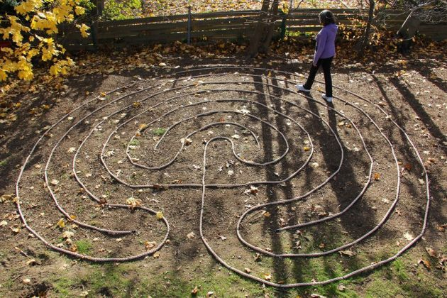 17-fascinating-diy-backyard-fun-for-kids (5)