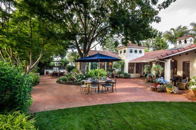 18-brick-patio-designs (3)