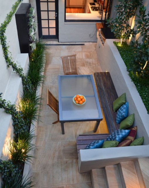 20-backyard-with-narrow-space (12)