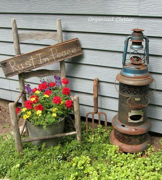 23 ideas-inspiring-repurposing-garden-decorations (11)