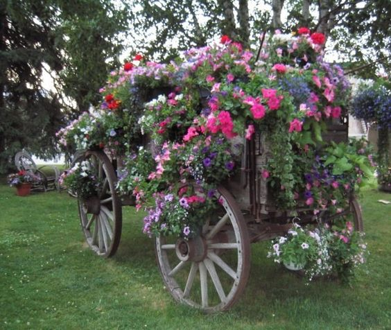 23 ideas-inspiring-repurposing-garden-decorations (14)