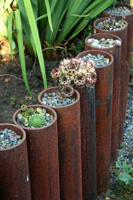 23 ideas-inspiring-repurposing-garden-decorations (3)