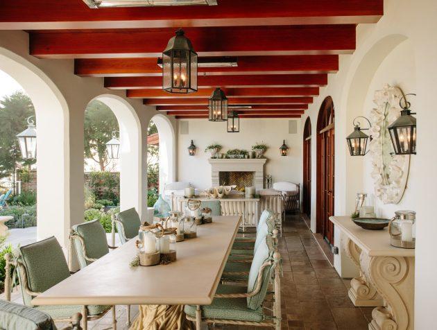 26-mediterranean-patio-designs (10)