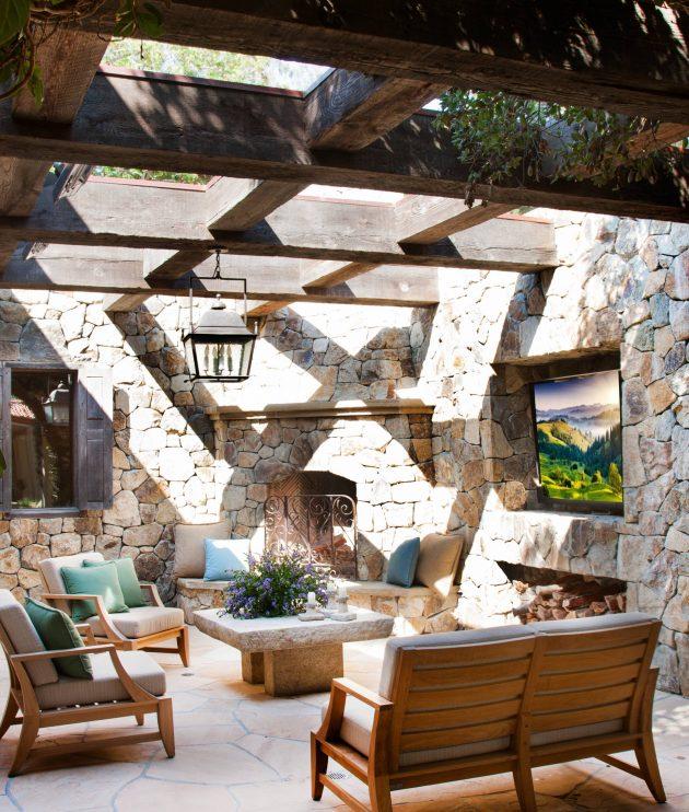 26-mediterranean-patio-designs (14)