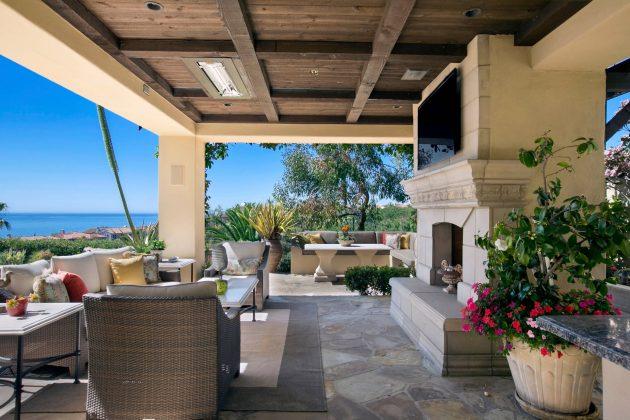 26-mediterranean-patio-designs (7)