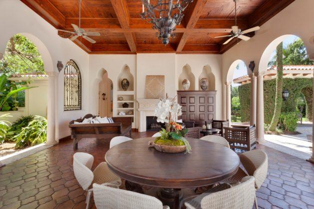 26-mediterranean-patio-designs (9)