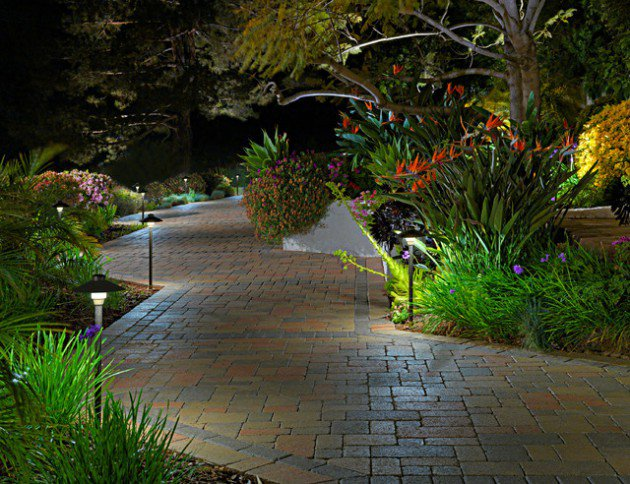 34-fancy-illuminating-ideas-for-the-paths-in-garden (13)