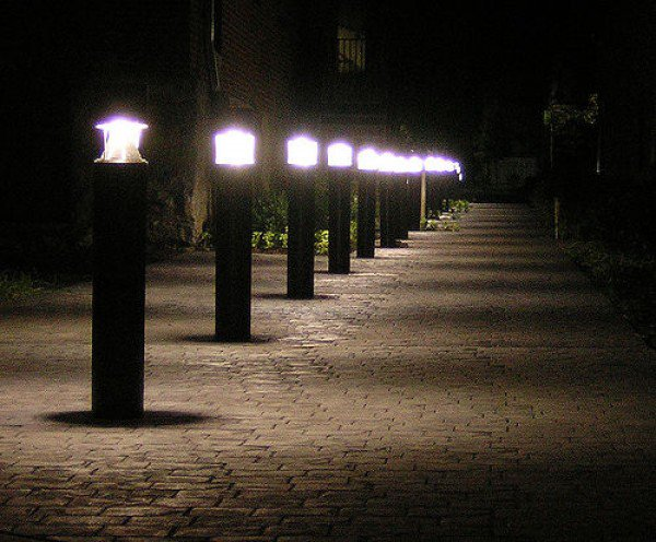 34-fancy-illuminating-ideas-for-the-paths-in-garden (8)
