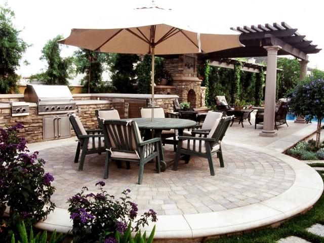 55-outdoor-kitchen-designs (13)