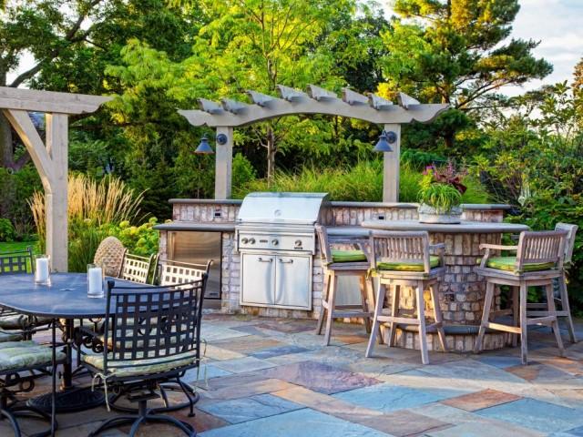 55-outdoor-kitchen-designs (14)