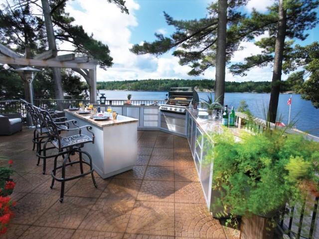 55-outdoor-kitchen-designs (4)