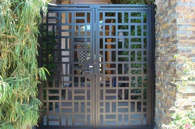 70 beautiful doors and fences ideas (22)