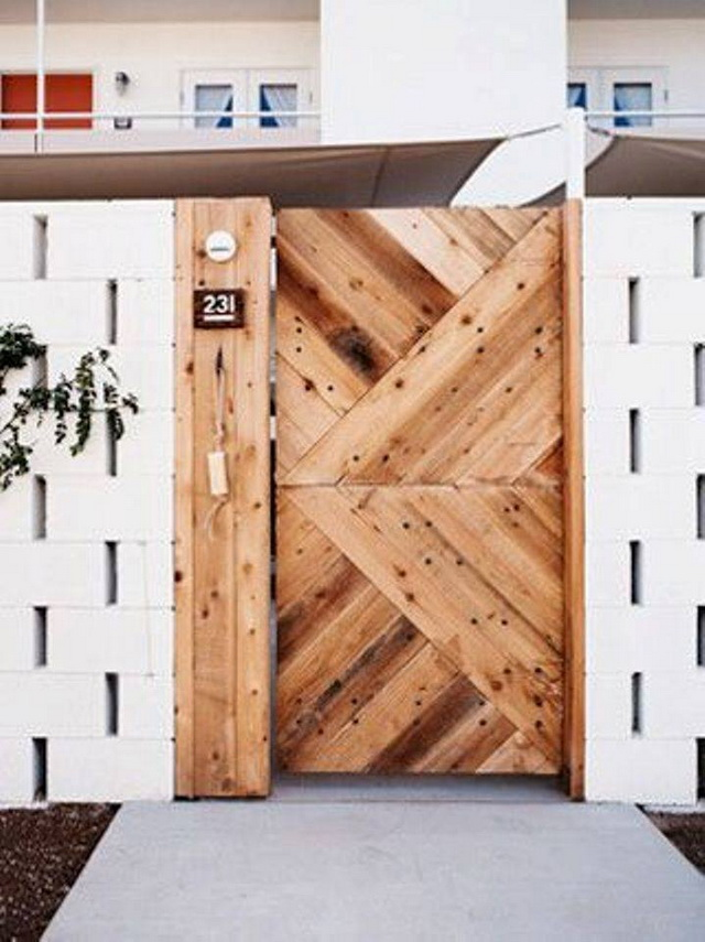 70 beautiful doors and fences ideas (45)