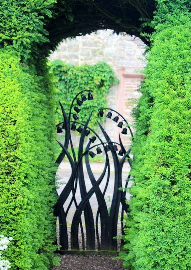 70 beautiful doors and fences ideas (46)