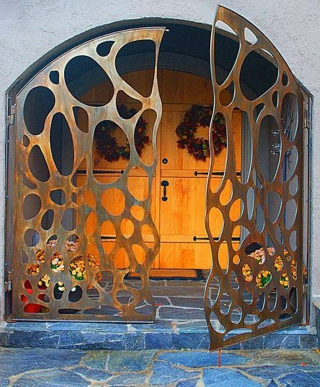 70 beautiful doors and fences ideas (48)