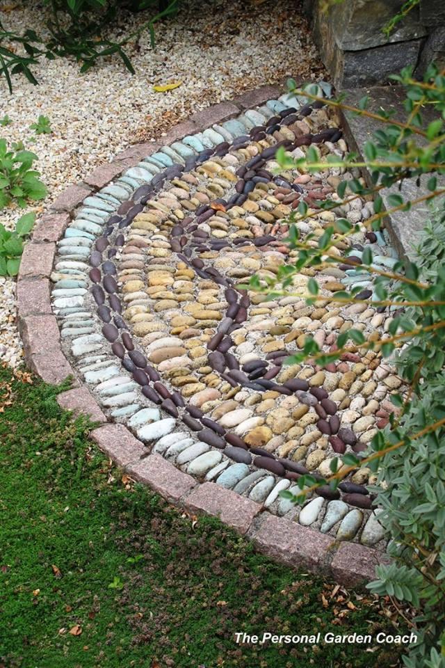 77 stone path ideas for gardening (12)