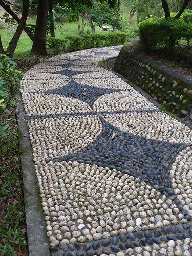 77 stone path ideas for gardening (16)