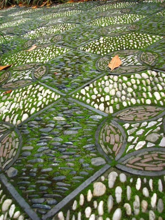 77 stone path ideas for gardening (51)