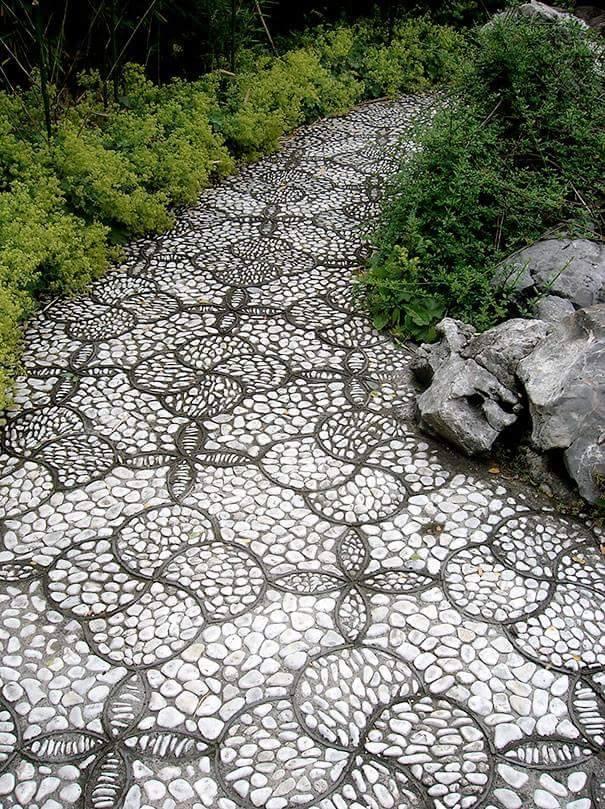 77 stone path ideas for gardening (58)
