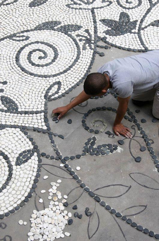 77 stone path ideas for gardening (68)
