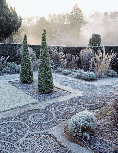 77 stone path ideas for gardening (77)