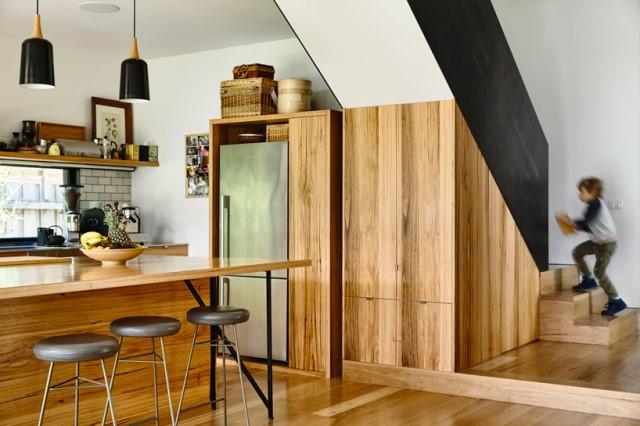 Modern home dark tone with Beautiful gardens (3)