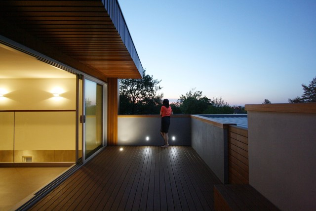 Modern house decor Wood and cement 03 (29)