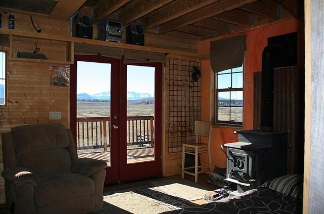 Small home Modern Cabin Design wood porch (2)