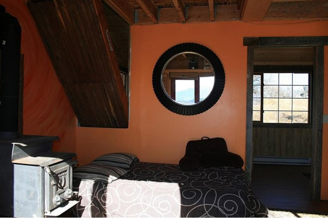 Small home Modern Cabin Design wood porch (6)