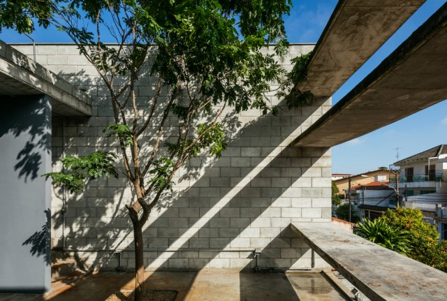 Town House Modern style cement decor (20)