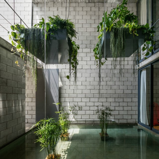 Town House Modern style cement decor (3)