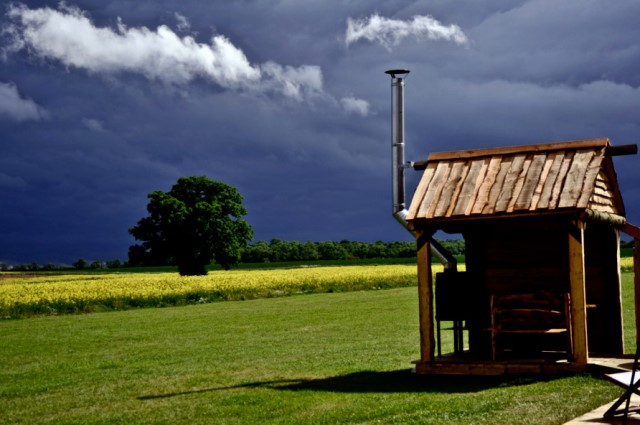 Wooden cottage House with outdoor kitchen (2)