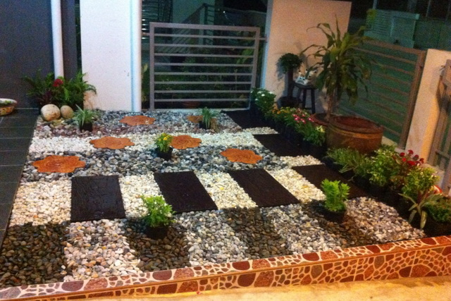 frontyard stone garden review (5)
