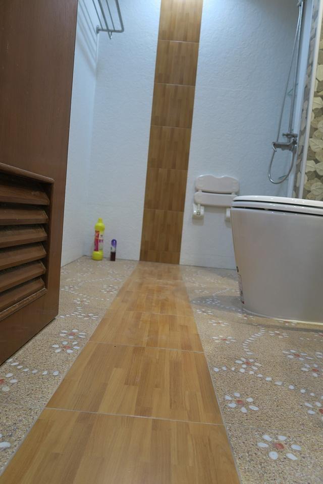 mini restroom renovation review (10)