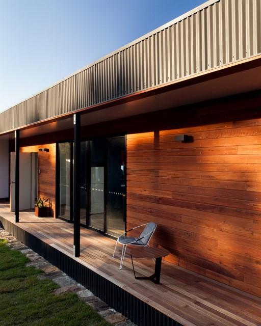 prefab-beach-house-green-roof (10)