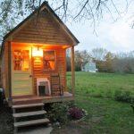 บ้านกระท่อมหลังเล็ก ทำเลท้ายสวนที่อิงแอบธรรมชาติ 1 ห้องนอน 1 ห้องน้ำในตัว