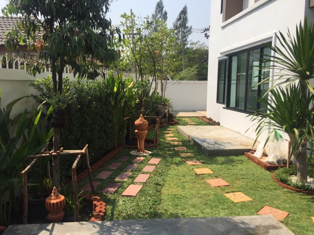 townhome garden review (17)