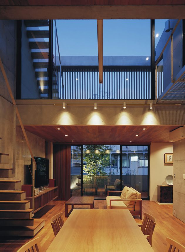two-story Modern house natural decor (7)