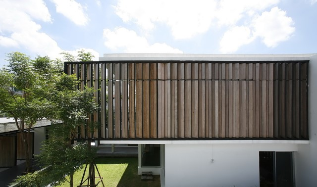 two-story Modern villa house with modern materials (19)