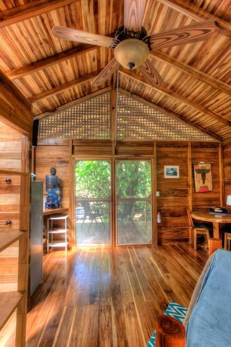 wooden natural retreat house4