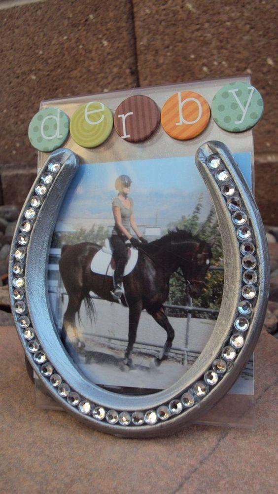 18-diy-horseshoe-to-home-decor (10)