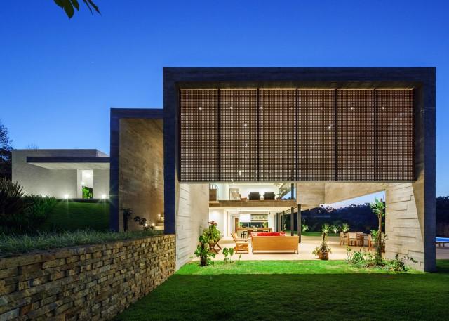 2 story Modern house natural decor (16)
