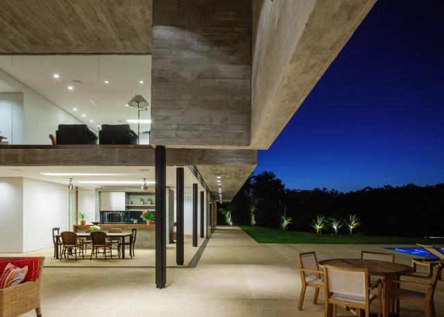 2 story Modern house natural decor (17)