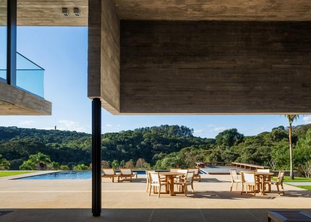 2 story Modern house natural decor (3)
