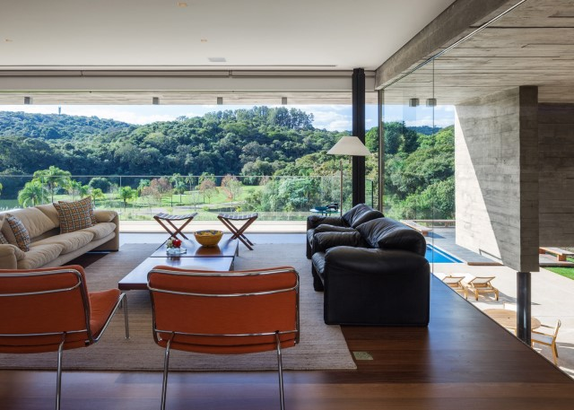 2 story Modern house natural decor (5)