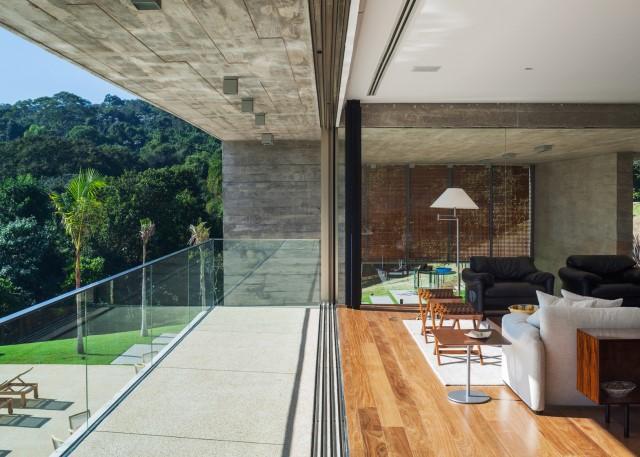 2 story Modern house natural decor (6)
